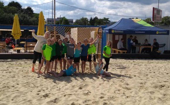 Roomz Hotel ZV Handball Wiener Neustadt ist ÖSTERREICHISCHER MEISTER Beach-Handball WU11